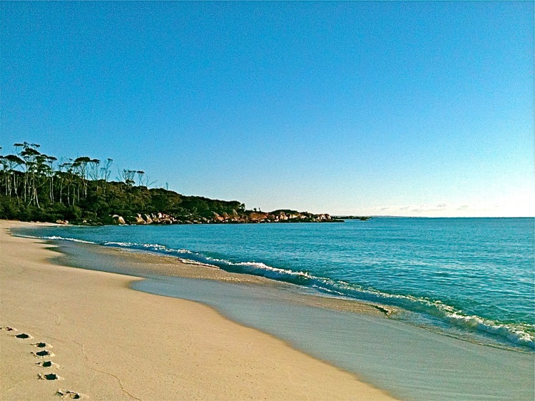 Binalong Beach