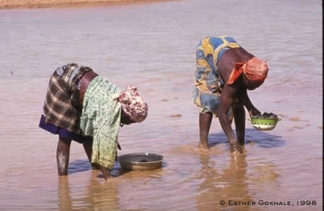 WomenbendingAfrica